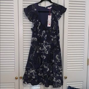 *NWT* Silk Cap Sleeve Floral Dress Sz. L